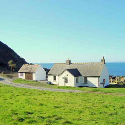 Prime Morroch Bay Beach Cottages In Sw Scotland Interior Design Ideas Truasarkarijobsexamcom